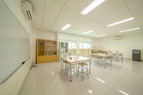 KDF/HF Juanda Depok- Laboratory